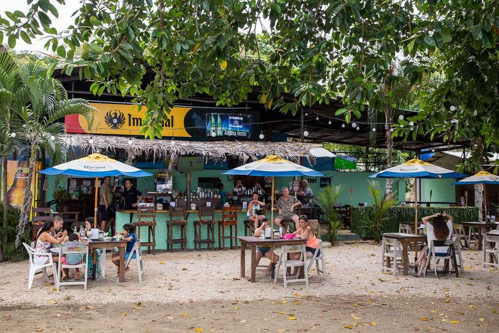 Terrazas de playas del Coco, Guanacaste, Costa Rica