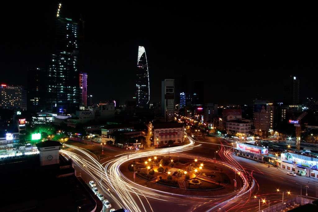 Tráfico en una rotonda de Ho Chi Minh