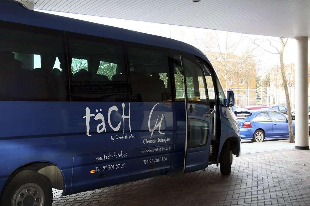 Bus de traslado al aeropuerto del Täch Hotel Madrid Airport