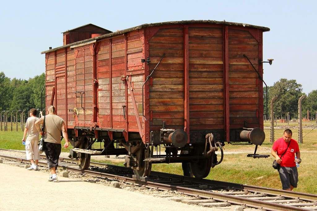 Tren de Auschwitz II - Bikernau
