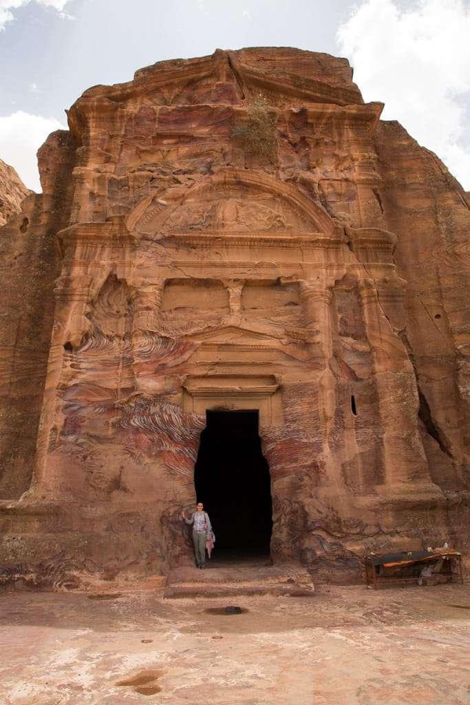 Fachada de la tumba Sextius Florentinus en Petra, Jordania
