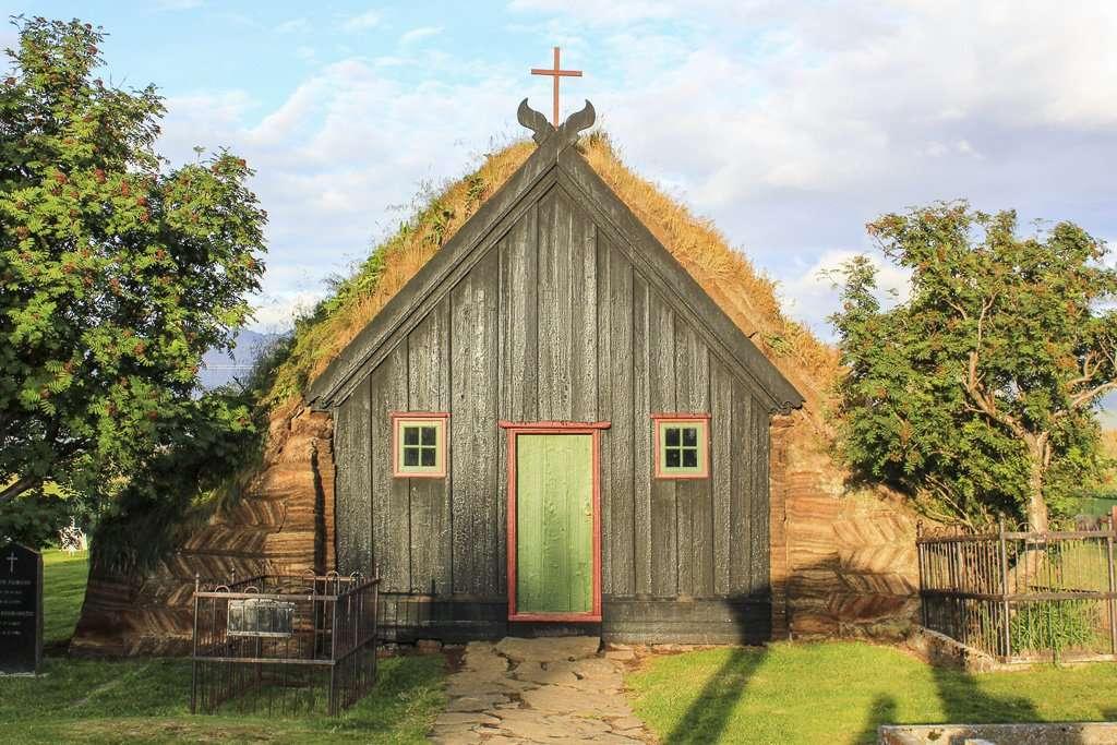 Víðimýrarkirkja, la iglesia de turba