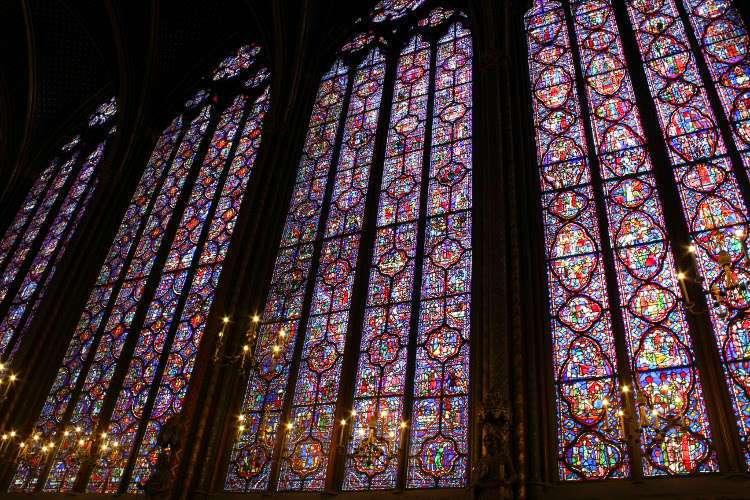 Vidrieras del piso superior de la Santa Capilla (Sainte-Chapelle)
