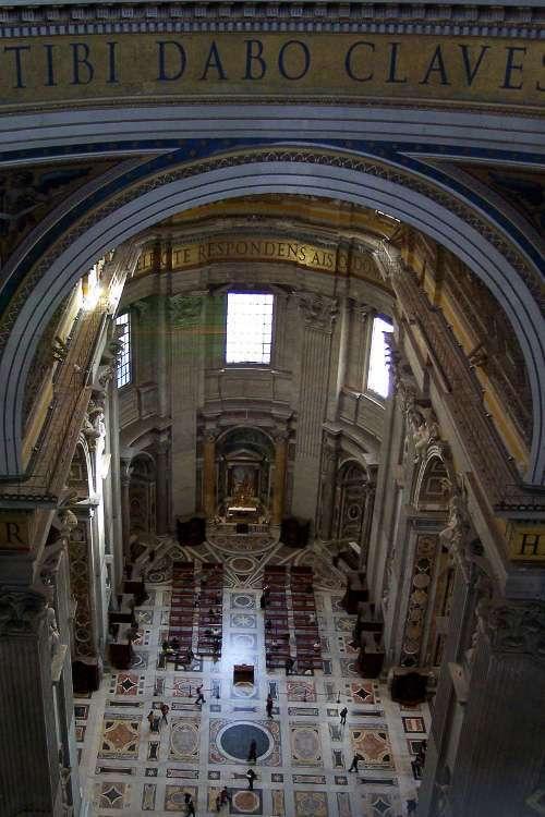 Vista desde la base de la cúpula de San Pedro