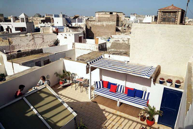 Vista general de la terraza del riad Dar Sabon