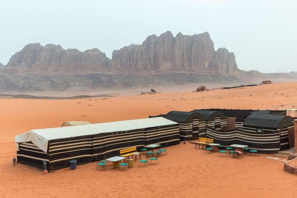 Desayuno en Wadi Rum Starlight Camo Jordania