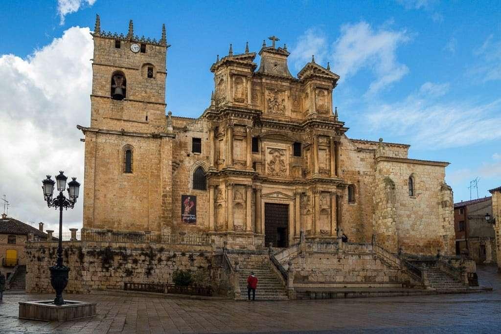 Iglesia de Santa María de Gumiel de Izan, Ribera del Duero burgalesa