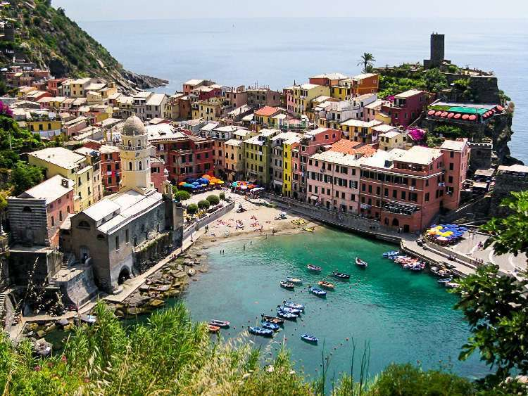 Panorámica de Vernazza, Cinque Terre, Italia