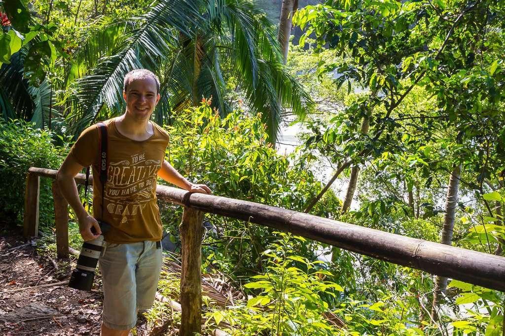 Alberto en los senderos de Tulemar, Manuel Antonio, Costa Rica