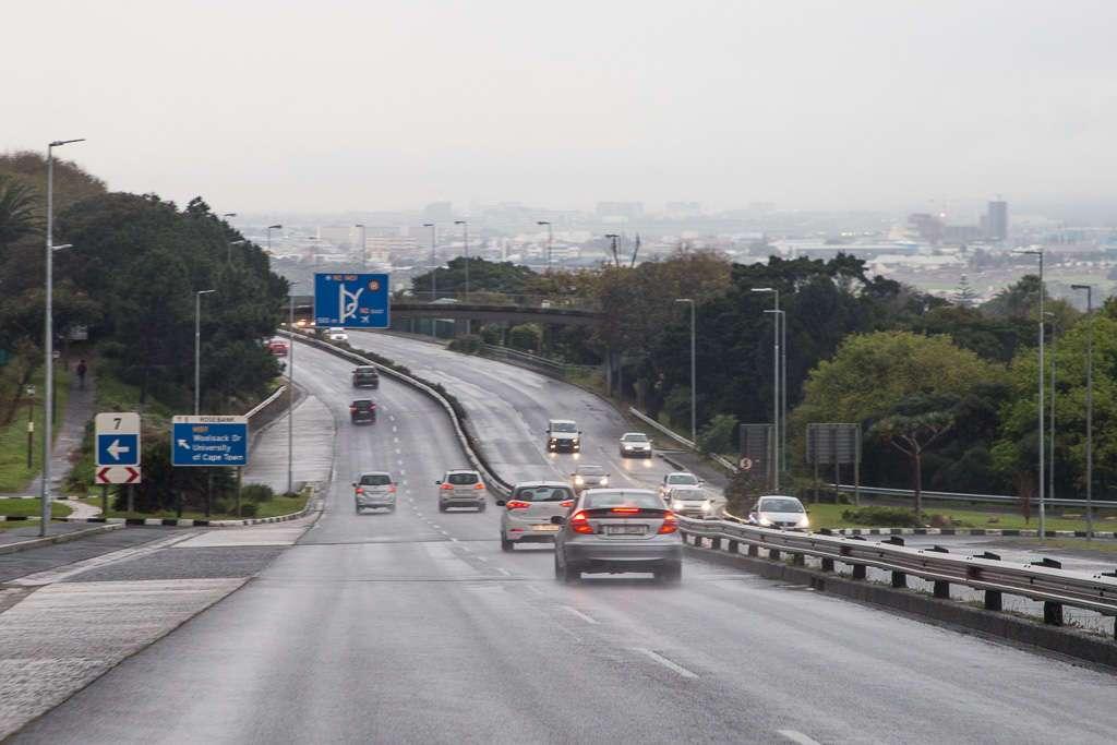 Carretera en las afueras de Ciudad del Cabo, Sudáfrica
