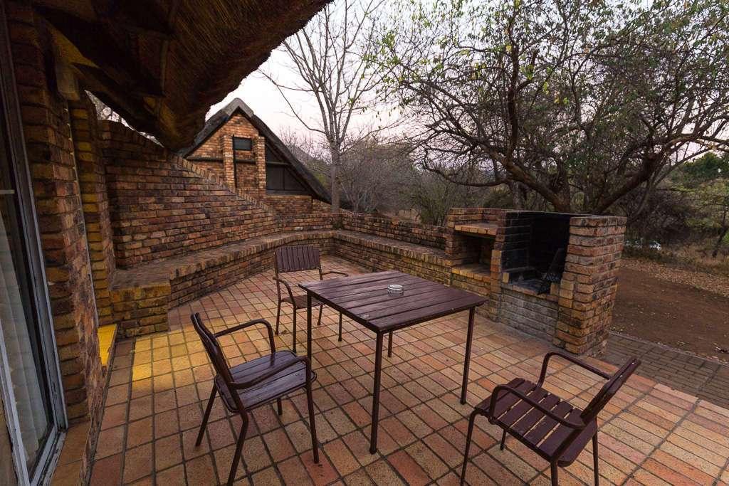 Porche habitación campamento Berg-en-dal, Kruger, Sudáfrica