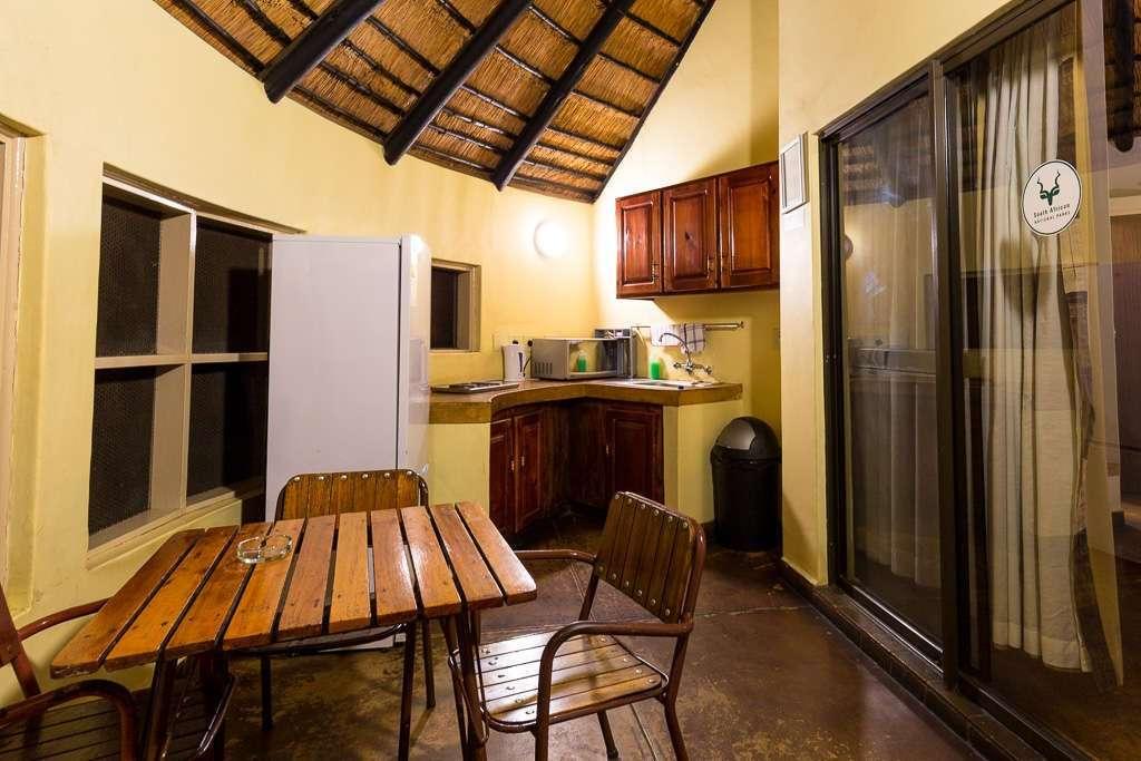 Terraza habitación campamento Letaba, Kruger, Sudáfrica