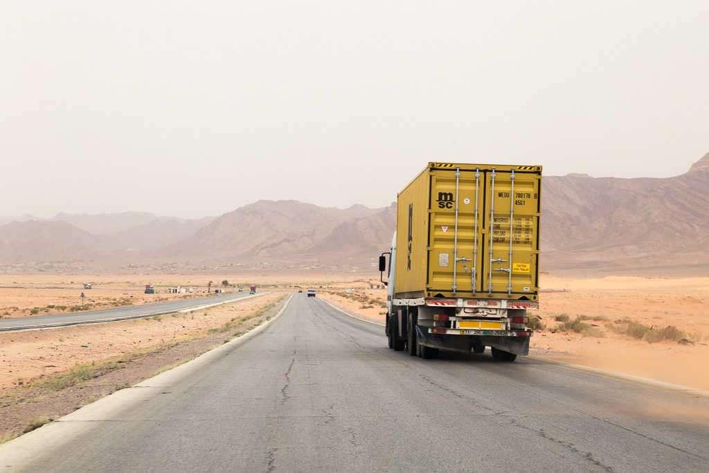 Autovía hacia Wadi Rum, Jordania
