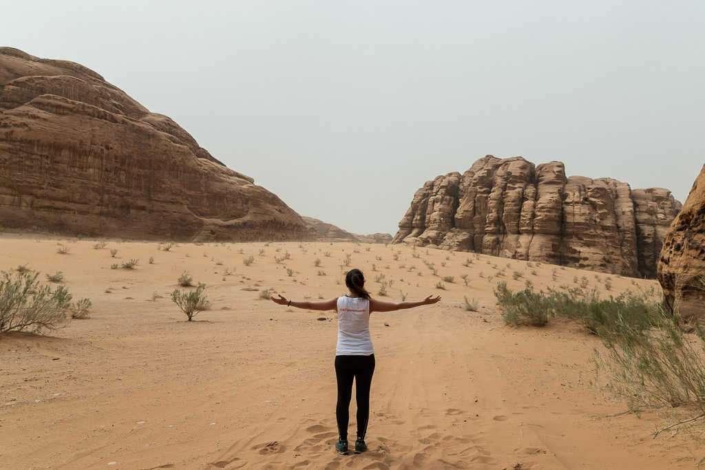 Final del trekking por el desierto blanco, Wadi Rum, Jordania