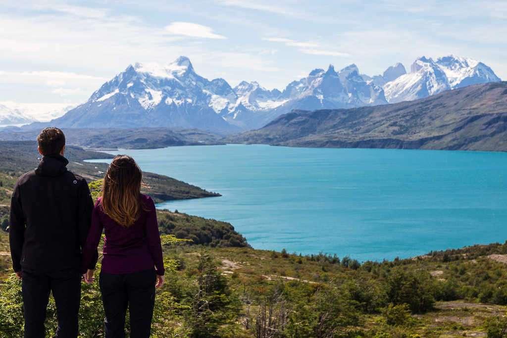 Mirador desde el lago Toro, Torres del Paine, Chile