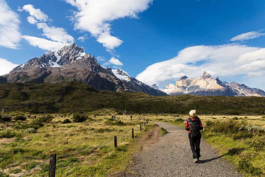 Inicio de ruta desde refugio Paine Grande a refugio Grey, Torres del Paine, Chile