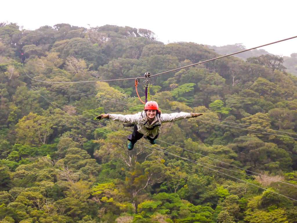 Superman tirolina canopy en Monteverde, Costa Rica