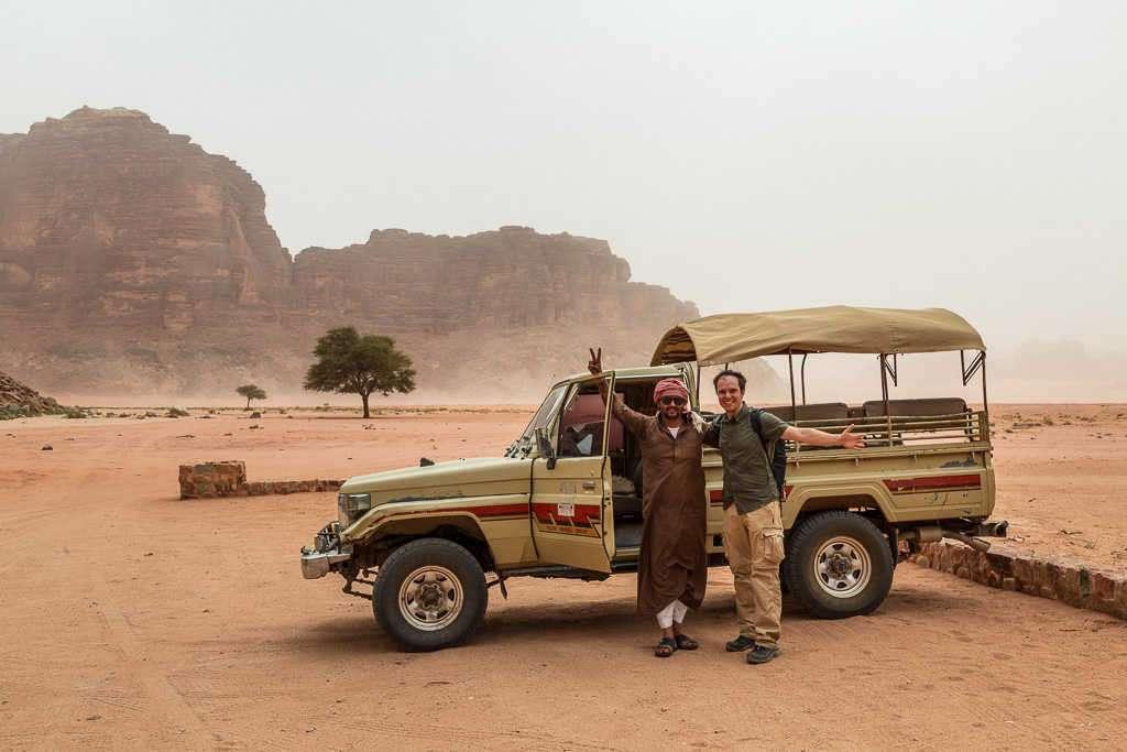Todoterreno en Wadi Rum, Jordania