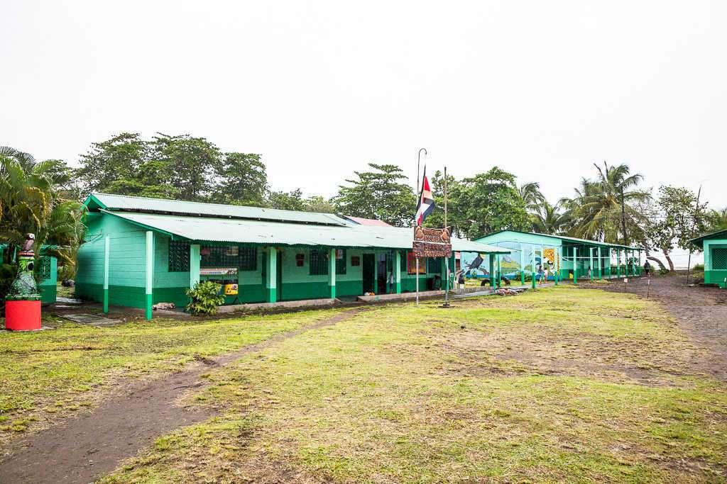 Escuela de Tortuguero, Costa Rica