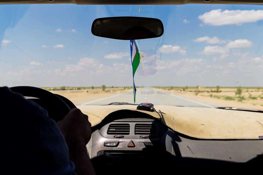 Coche con conductor desde Bujará a Jiva, Uzbekistán